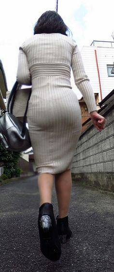 Maria Sharapova Hot, Sexy Hips, Street Snap, Sexy Asian Girls, Nice Body, Dress Skirt, Sexy Women, Tights, Siri