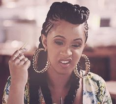cardi B braids Cardi B Braids, Cardi B Memes, Divas, Tiffany Pollard, Cardi B Photos, Character Aesthetic, Female Singers, Celebs, Celebrities