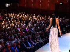 Anna Netrebko sings Franz Lehar...opera is not boring!