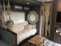 Incredible Farmhouse Decoration Ideas To Do Amazing RV Interior Makeover . incredible ideas for decorating a farmhouse to revamp the interior of a motorhome Living Room Remodel, Rv Living, Living Room Decor, Tiny Living, Living In A Camper, Motorhome Living, Rv Interior, Interior Design, Farmhouse Remodel