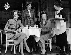 Berlin: Cafe Kranzler 1930s