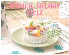 Tropical time: how to set by yourself a trendy tropical holiday table, by Tropical Design, Tropical Style, Tropical Party, Table Wedding, Diy Wedding, Diy With Kids, Rosh Hashanah, Holiday Tables, Holiday Crafts