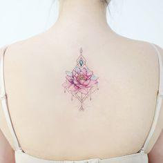 : Lotus ✨ . . #tattooistbanul #tattoo #tattooing #lotus #lotustattoo #colortattoo #flowertattoo #타투이스트바늘 #타투 #연꽃타투 #꽃타투 #꽃