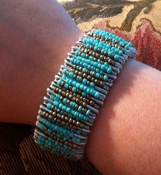 Safety Pin Bracelet, Safety Pin Jewelry, Safety Pins, Bead Loom Bracelets, Braided Bracelets, Bracelet Making, Jewelry Making, Safety Pin Crafts, Diy Leather Bracelet