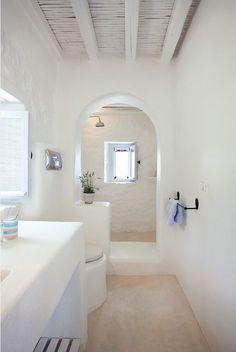White Stucco Creates An Inspiring Vision 4