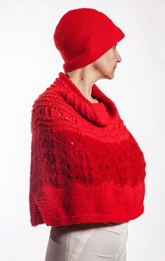 Elegant Short Red Poncho with Retro Hat/hand knitted Line Shopping, Fasion, Hand Knitting, Knitted Hats, Knit Crochet, Winter Hats, Swag, Beanie, Shorts