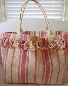 ikea rug made into a cute and easy tote