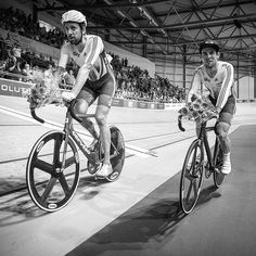 Mark Cavendish Bradley Wiggins Revolutionseries in Derby courtesy of @modcyclingphoto