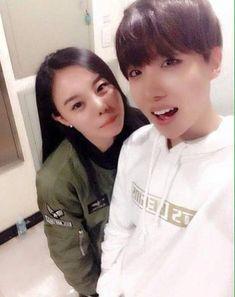 [IG] J-hope sister attend BTS Begin Concert