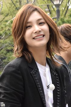 *wind blows* and then there's #Jeonghan being so fab and pretty #SEVENTEEN #VocalsGroup