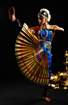 Dance Photography, Photography Women, Photography Ideas, Canada National Parks, Indian Classical Dance, Ballet Art, Some Pictures, Dancer, Wonder Woman