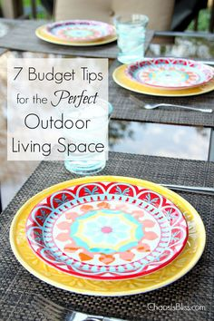 Follow these budget tips and fall in love with your backyard! There's no need to spend a fortune when you can have an outdoor living space for less. @BigLots #biglotschallenge #sspartners #ad