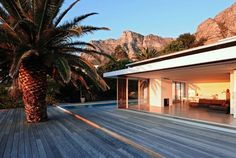 House in Camps Bay by Luis Mira Architect (http://www.letmebeinspired.com)