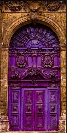 From aqua, navy, cerulean, to true-blue – what can you do with your front door? If black feels too common for you, then it is time to try blue. Having a blue front door will add a unique touch to… Purple Front Doors, Purple Door, Cool Doors, Unique Doors, Entrance Doors, Doorway, Entrance Ideas, Door Ideas, Grand Entrance