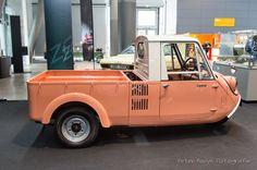 356 cc 2 Cylinder 16 PS Vmax : 65 km/h 485 kg Mazda Pick Up Small Trucks, Mini Trucks, Small Cars, Classic Japanese Cars, Classic Cars, Low Poly Car, Engin, 3rd Wheel, Japan Cars
