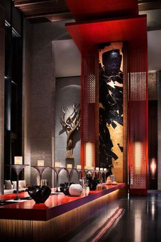 Interior design inspirations for your luxury hotel's reception. Luxury Hotel Design, Luxury Bar, Luxury Hotels, Hotel Lounge, Lobby Lounge, Hotel Pool, Hotel Suites, Asian Interior, Asian Restaurants
