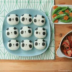 Have picky eaters in the house? Take a cue from Samantha Lee, who creates gorgeous edible artwork for her child's lunch. Bento Recipes, Lunch Box Recipes, Baby Food Recipes, Picky Toddler Meals, Kids Meals, Cooking Classes For Kids, Cooking With Kids, Cute Food, Good Food