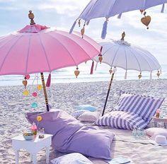 Luxury By the Beach PARADISE REAL ESTATE INTERNATIONAL www.paradiserei.com
