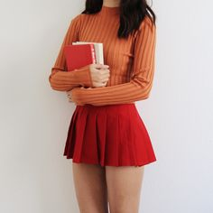 Outfit inspired by the dorky yet lovable Velma 🤓! I wish I had a bulky orange sweater, but I hope this does the job! Velma Halloween Costume, Halloween Kostüm, Halloween Outfits, Scooby Doo Costumes, Velma Scooby Doo, Cartoon Costumes, Halloween Costumes Women Creative, Daphne Scooby Doo Costume, Character Halloween Costumes
