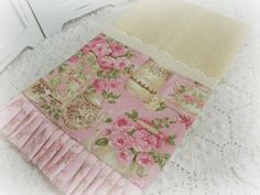 Tea and Roses Cottage Charm Kitchen towel
