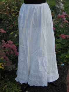 EXCEPTIONAL Antique Victorian Petticoat~Skirt~HM Bobbin Lace~Pintucks