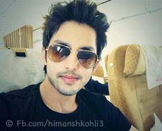 Himansh Kohli Upcoming Films, Wallpaper Free Download, Bollywood Actors, Hd Wallpaper, Wallpapers, Male Models, Mens Sunglasses, Hair Styles, Handsome Guys