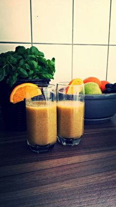 Kiwi-Apple-Orange Smoothie