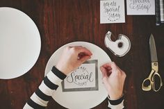 DIY Dishwasher Safe Personalized Plates by Design Mom