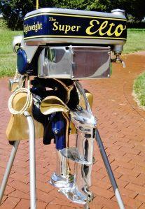 Antique outboard motors   vintage outboards