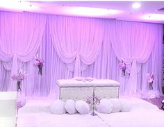 Pelamin putih Wedding Set Up, Wedding Stage, Wedding Ceremony, Wedding Gifts, Dream Wedding, Wedding Dreams, Wedding Henna, Malay Wedding, Renewal Wedding