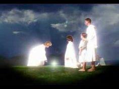 """""""Ríndete a Mí y te guiaré en tu mission,"""" me prometió el Espíritu Santo según el artículo Diálogo con el Espíritu Santo. Él me ha aconsejado a escribir intensamente porque los aconteci…"""
