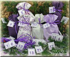 Adventskalender mit gestickten Zahlen lila weiß von BlinniFashion