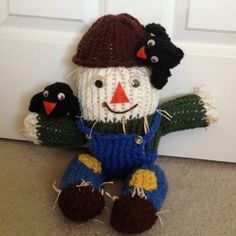 Scarecrow I made on the knifty knitter