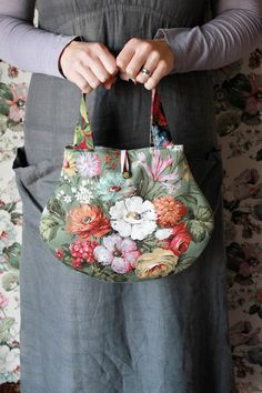 Linen Bag, Quilted Bag, Quilting, Bloom, Handbags, Tote Bag, Garden, Crafts, Shoes