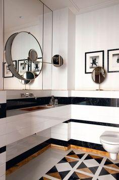 Détails dorés pour un cabinet toilettes très sophistiqué - French touch : la déco vue par Caroline Sarkozy - CôtéMaison.fr