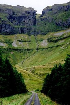 Gleniff Horseshoe Valley - Co. Sligo, Ireland - Gleniff Horseshoe Valley – Co. Sligo, Ireland Republic of Ireland in europe Oh The Places You'll Go, Places To Travel, Places To Visit, Travel Destinations, Travel Tips, Voyage Europe, Ireland Landscape, Ireland Travel, Cork Ireland