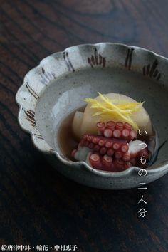 味が染みた大根が美味しい「蛸と大根の炊いたん」です。