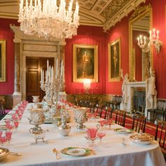 Chatsworth dining room....wonderful article about the attic sale of the grand estate