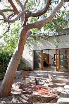 13 Coolest Modern Terrace And Outdoor Space Design Ideas – My Life Spot Modern Backyard, Backyard Landscaping, Landscaping Ideas, Patio Ideas, Backyard Ideas, Outdoor Spaces, Outdoor Living, Outdoor Decor, Beautiful Gardens