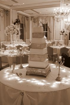 wedding cake bling!!!!