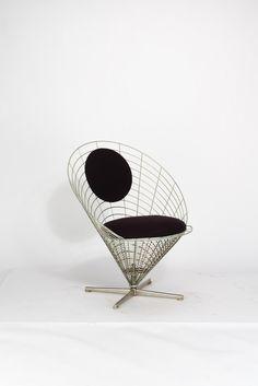 alessandro mendini bruno giorgio gregori studio alchimia stuhl aus kollektion ollo 1988. Black Bedroom Furniture Sets. Home Design Ideas