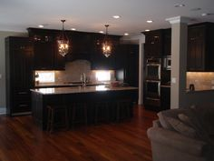 Espresso Cabinets: What Countertops, Backsplash? - Kitchens Forum - GardenWeb