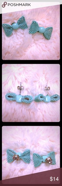Mint Green Bow Earrings These earrings are so flirty and cute! They are mint green post earrings. They come with butterfly backings. They are in excellent used condition and were lightly worn. They would be perfect with any Spring outfit! Jewelry Earrings