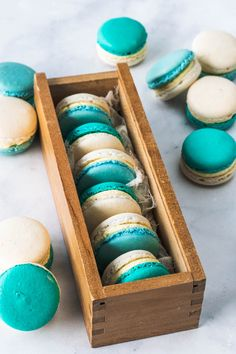 French Vanilla Macarons filled with French Vanilla Buttercream. Delicate and not overly sweet Nutella Macarons, Vegan Macarons, Pistachio Macarons, Vanilla Macarons, French Buttercream, Buttercream Filling, Vanilla Buttercream, Macaron Flavors, Macaron Recipe