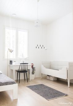 modern farmhouse boy's room Modern Country, Modern Farmhouse, Bright Rooms, Kidsroom, Home Decor Styles, Diy For Kids, Toddler Bed, Kids Rugs, Ideas