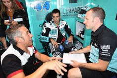 Boa sorte para o Miguel Oliveira para este fim de semana em Valência! #lusomotos #shark #ValenciaGP