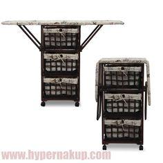 Sklopná žehliaca doska umiestnená na košíkovej komode s  pevným dreveným rámom, je praktickým a štýlovým doplnkom domácností. Prútené košíky umožňujú uskladnenie rôznych predmetov.Materiál drevo / prútie,Rozmery ŠxVxH: 118x86x30 cm.Hmotnosť: 33 kgŽEHLIACA DOSKA - KOMODA S PRÚTENÝMI KOŠÍKMI | ON-LINE NÁKUP | DOPRAVA ZDARMO | PREDAJ | E-SHOP