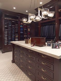 Larry E. Boerder Architects - HIS CLOSET ;) hubby would love this!