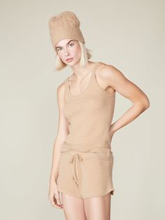 Combine the fluffy feeling of cashmere and the comfort and wearability of activewear with this cashmere tank & shorts set. Designed to be both airy and warm, the shorts feature a tie waist with a matching drawstring, while the tank top has a scoop neckline and a scoop back, which makes it feminine and elegant at the same time. Women's Wardrobe Essentials, Wide Leg Pants, Looks Great, Active Wear, Cashmere, Feminine, Rompers, Hoodies, Shorts