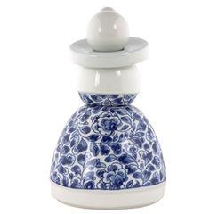 Delft, Rotterdam, Dutch Golden Age, Small Figurines, Blue Pottery, Flower Patterns, Designer, Modern Design, Cool Designs